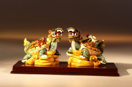 Image: Two Dragon Turtle Miniature Figurines 5.0x2.5