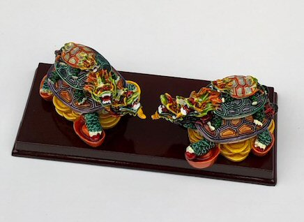 Image: Piggyback Turtle  Miniature Figurines 5.0x2.0x2.0