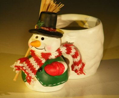 Image: Ceramic Snowman Pot 2 x 3