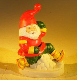 Ceramic Santa Claus Figurine 4.5 x 2.75 x 6.25