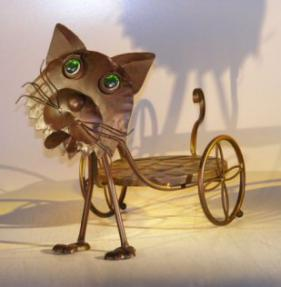 Metal Cat Garden Pot Holder with Moving Head and Tail<br> 18.0